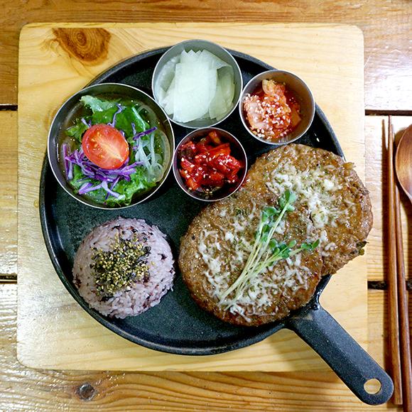 [전주 한옥떡갈비] 불맛 한돈떡갈비